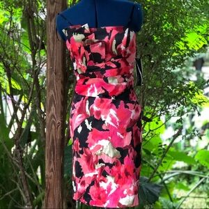 Roulette   Red Floral Cocktail Dress